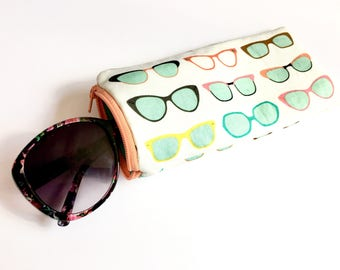 Eyeglass/Sunglass Case Pouch - Retro Sunnies