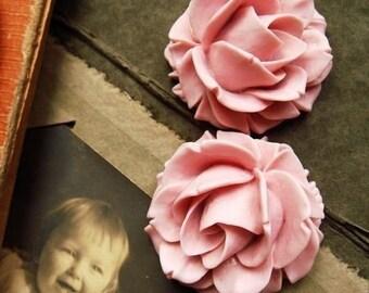 2PCS Unique Beautiful Vintage  Rose Cabochons Pink