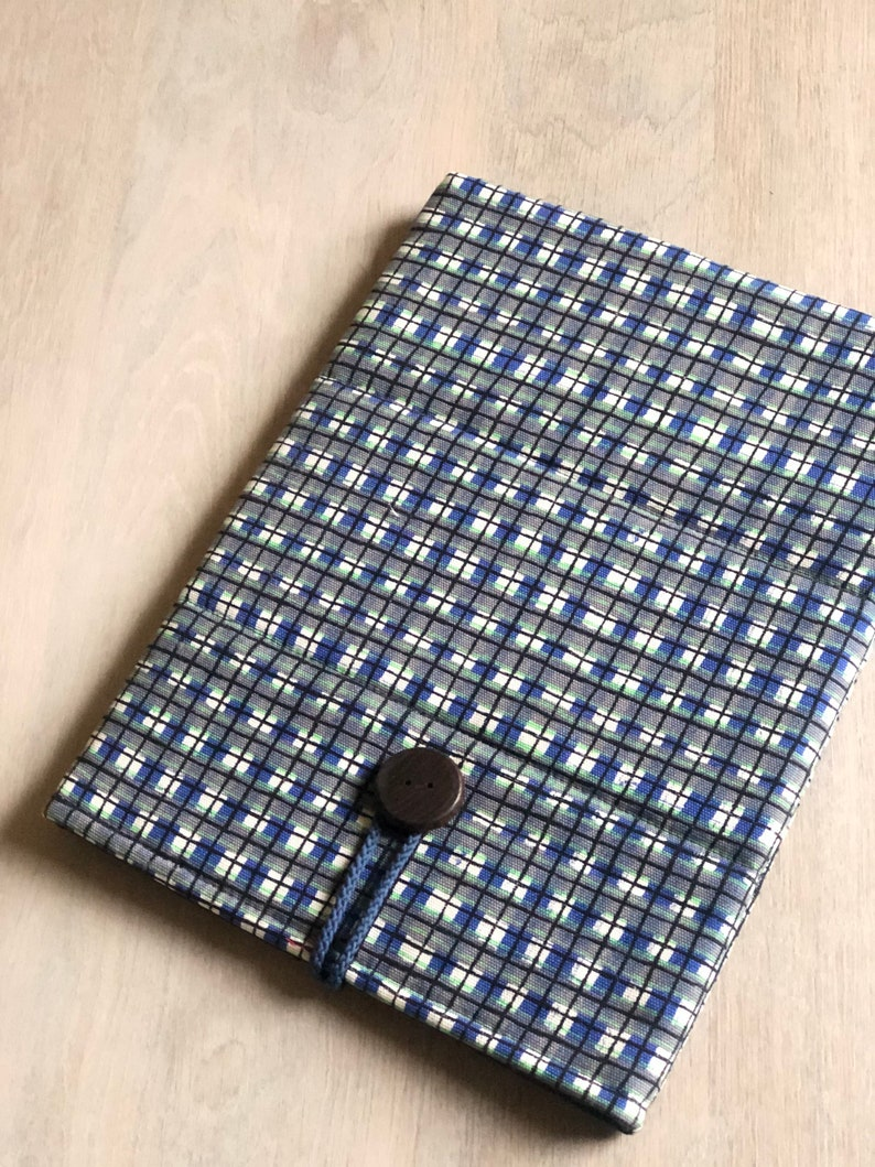 Laptop sleeve for a 13 inch Macbook and case