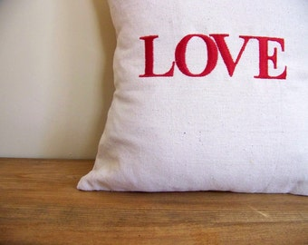 free shipping -Love EMBROIDERED christmas pillow - red -xmas day gift  - home decor - holiday home decor - personalized pillow - decorati