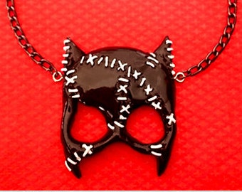 Catwoman Mask - Necklace - DC Comics - Selina Kyle - Outsiders - Tim Burton - DC Universe - Cat - Gotham City Sirens - Glitter Paradise®