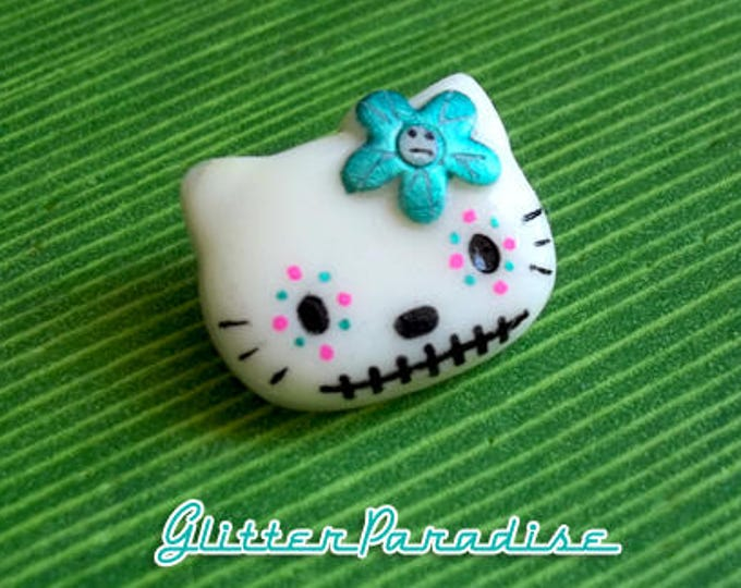 Hello Muerta - Brooch - Dia de Los Muertos - Hello Kitty - Muerta - Calavera - Day of the dead - Mexicana - Mexican Folk - Glitter Paradise®