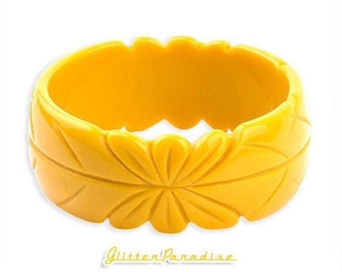 Carved Flower Bangle - Fakelite - Retro Bangle - Bakelite Reproduction - Carved Jewelry - 1950s - 1960s - Vintage Inspired Glitter Paradise®