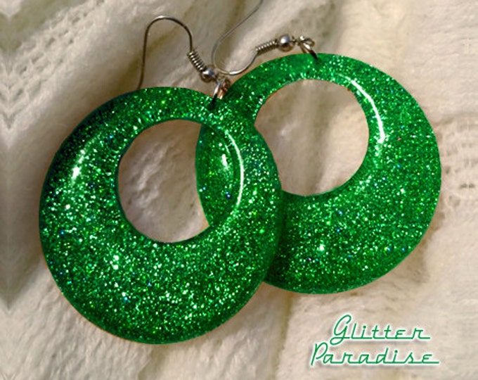 Confetti Lucite Hoops Green - Earrings - Confetti Lucite Hoops - Hoops Earrings - Glitter Hoops - Retro Earrings - Pinup - Glitter Paradise®
