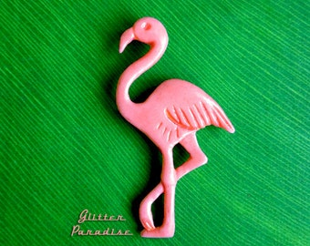 Fakelite Flamingo - Brooch - Vintage Replica - Retro - Pink Flamingo - Flamingo Jewelry - Carved - Mid Century Modern - Glitter Paradise®