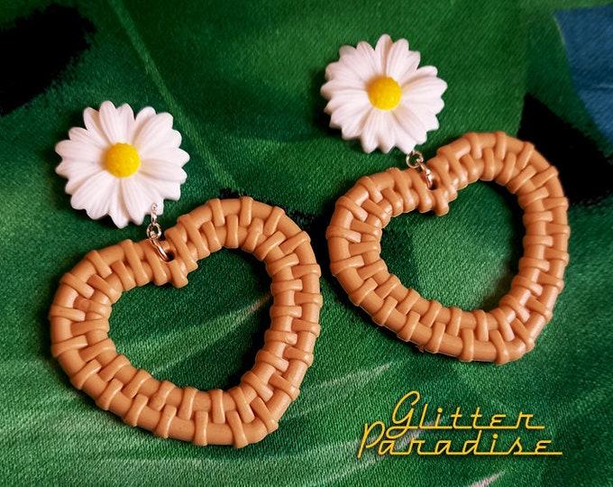 Rattan Love Daisy - Earrings - Rattan Raffia Jewelry - Daisy Flower Earrings - Daisy Jewelry - Retro - Rattan Jewelry - Glitter Paradise®