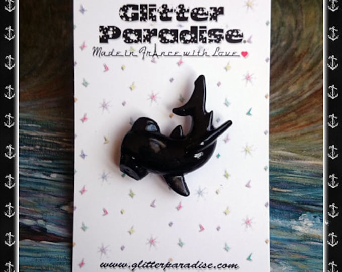 Black Shark - Brooch - Hammerhead Shark - Hammerhead - Grey Shark - Blue Shark - Ocean Lover - Fakelite - Novelty Brooch - Glitter Paradise®