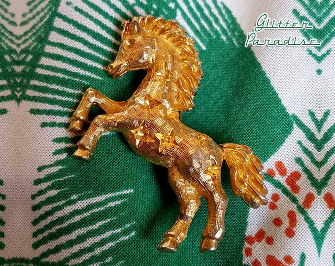 Original Vintage Vintage All Stars Horse - Brooch - Rodeo Cowboy Brooch - Cowgirl Jewelry - Texas Gold Horse Brooch - Glitter Paradise®