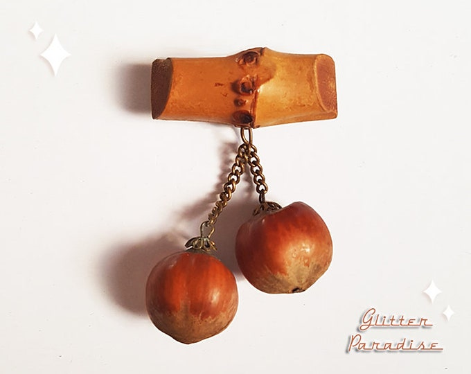 Original Vintage 1940's Log & Nuts - Brooch - Novelty Brooch - Vintage Wood Log Brooch - Nuts Brooch - Retro 40s Jewelry Glitter Paradise®