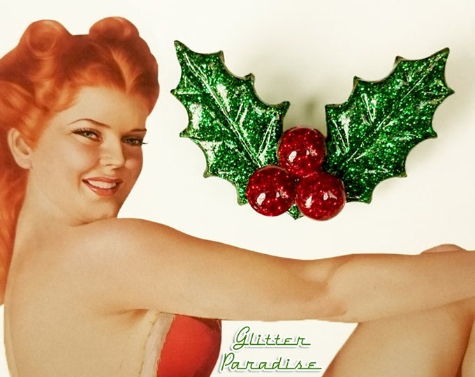 Christmas Glitter Holly - Brooch - Retro Christmas Jewelry - Merry Christmas - Holly Berries - Lucite - Holly Jewelries - Glitter Paradise®