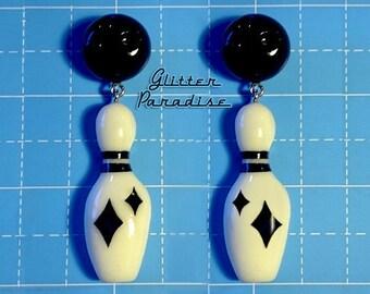 Fakelite Bowling Black & White - Brooch - Bowling Skittles - Retro Bowling - Vintage Bowling - Bowling Jewelry - 1950s - Glitter Paradise®