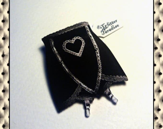 Girdles Heart Black - Brooch - Retro Lingerie - Vintage Lingerie - Vintage Sleaze - 1950's Lingerie - Retro Underwear - Glitter Paradise®