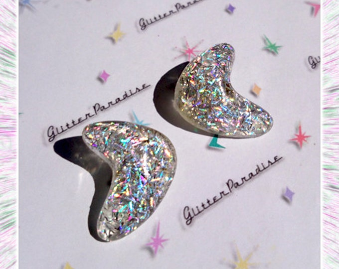 Lucite Atomic Boomerang Silver Strips - Earrings - Glitter Boomerangs - Mid-Century Modern - Retro - Pinup Earrings - Glitter Paradise®