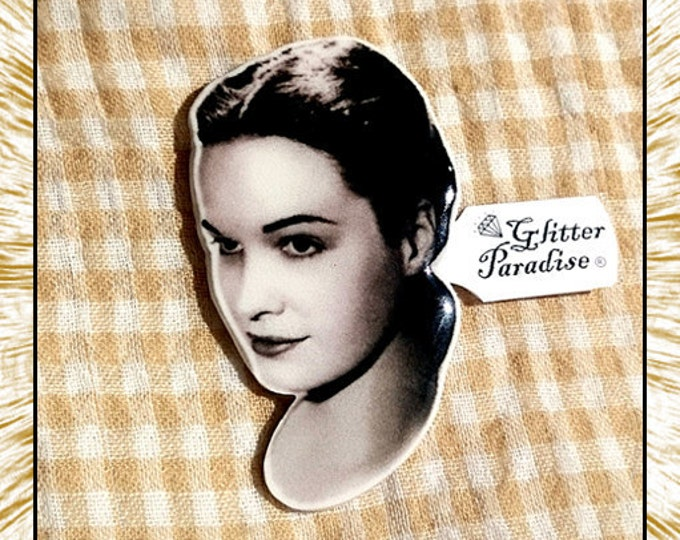 Young Bettie - Brooch - Bettie Page - Queen of Pinups - Betty Mae Page - 1950s - Nashville, Tennessee - S&M - Mistress - Glitter Paradise®