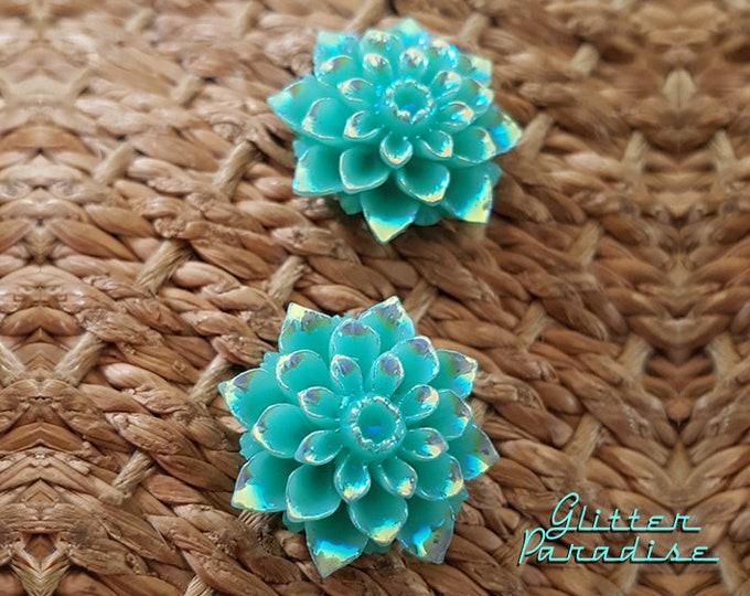 Bali Flower - Earrings - Turquoise Flower - Iridescent Flower - Retro 50s - Iridescent effect - Floral - Nature Earrings - Glitter Paradise®