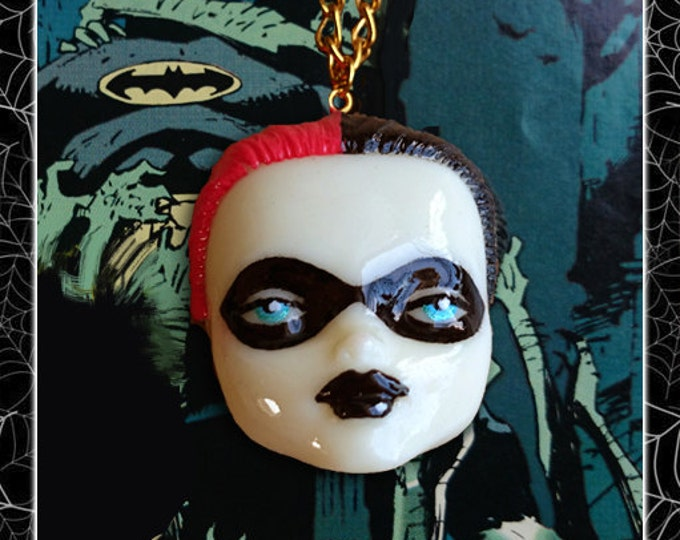 DollFace Harley Quinn - Necklace - Harley Quinn Jewelry - Harley Quinn Necklace - Suicide Squad - DC Comics - Secret Six - Glitter Paradise®