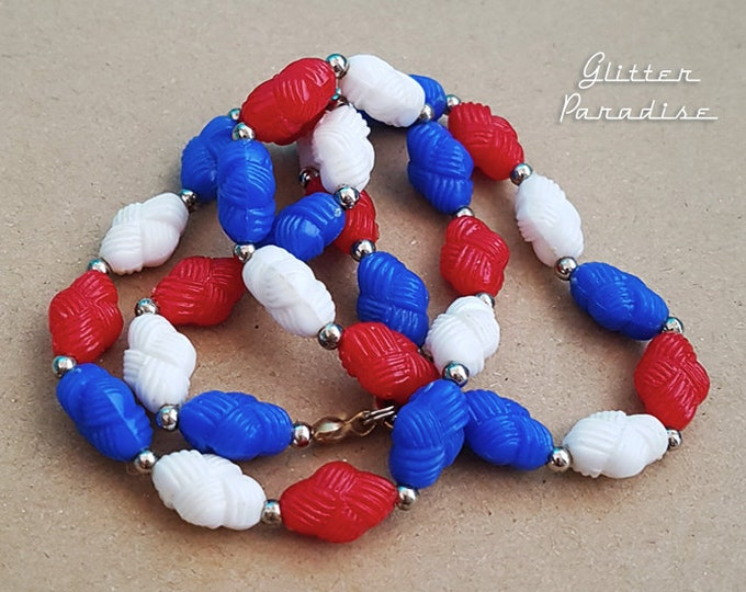 Original Vintage Oval Whool Beads - Necklace - 4th of July Vintage Jewelry - Independence Day - Authentic Vintage Finds - Glitter Paradise®
