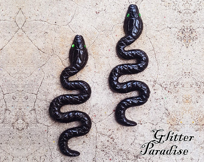 Salem's Snakes - Earrings - Snake Priestess -  Black Magic - Wicca - Witchcraft - Salem Witch - Neo-paganism - Witchery - Glitter Paradise®