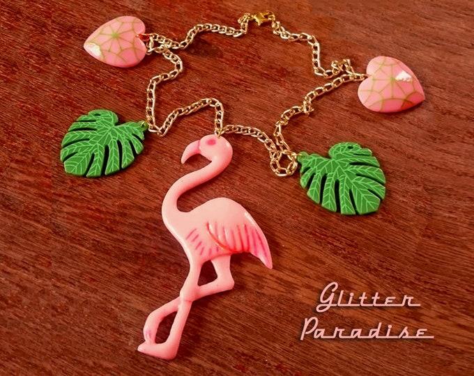 Flamingo Love - Necklace - Vintage Replica - Retro 50s - Pink Flamingo - Flamingo Necklace - Carved - Mid Century Modern - Glitter Paradise®