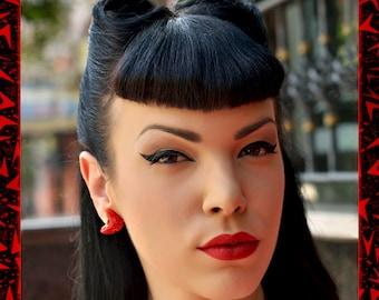 Confetti Lucite Atomic Boomerang Red - Earrings - Glitter Boomerangs - Mid-Century Modern - Retro - Pinup Earrings -1950 - Glitter Paradise®