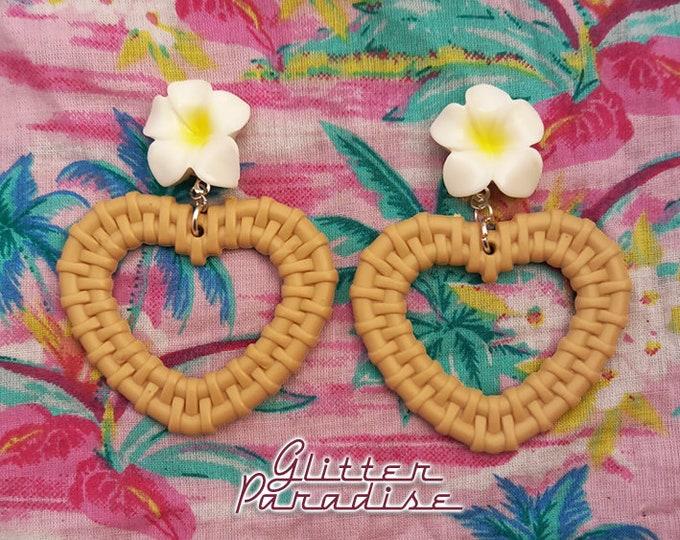 Rattan Love Plumeria - Earrings - Rattan Raffia Jewelry - Heart - Frangipani - Plumeria Earrings - Heart Rattan Jewelry - Glitter Paradise®