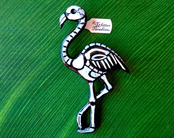 Dead Flamingo - Brooch - Dead Flamingo - Skeleton Flamingo - Gothic - Psychobilly - Day of the dead - Bones - Calavera - Glitter Paradise®