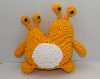 Crochet Monster, Yellow 2 Headed Monster, Yellow Space Creature, Amigurumi Crochet Toy, Soft Plush Toy, Safe Toddler Toy, Monster, Alien