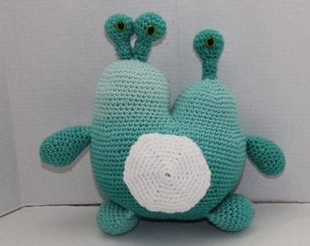 Crochet Monster, Blue 2 Headed Monster,  Blue Space Creature, Amigurumi Crochet Toy, Soft Plush Toy, Safe Toddler Toy, Monster, Alien, Blue