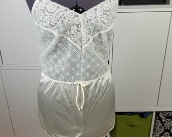 92f941e9a993 1970's satin and lace teddy sz M/L
