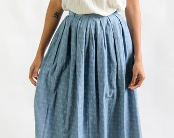the hissing of summer lawns -- vintage 1980s chambray cotton full skirt XS