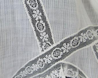 Vintage 1900s Antique Edwardian Cotton Lace Trim Half Apron Pinafore