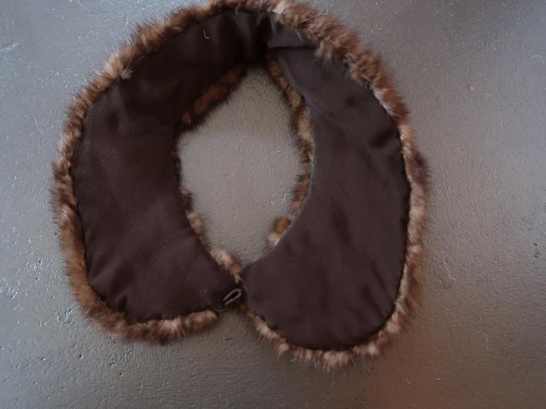 Small Ladies Vintage Brown Mink Fur Collar
