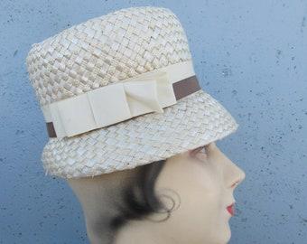 NOS 1960s Vintage 60s Beige Straw Spring Bucket Hat Small