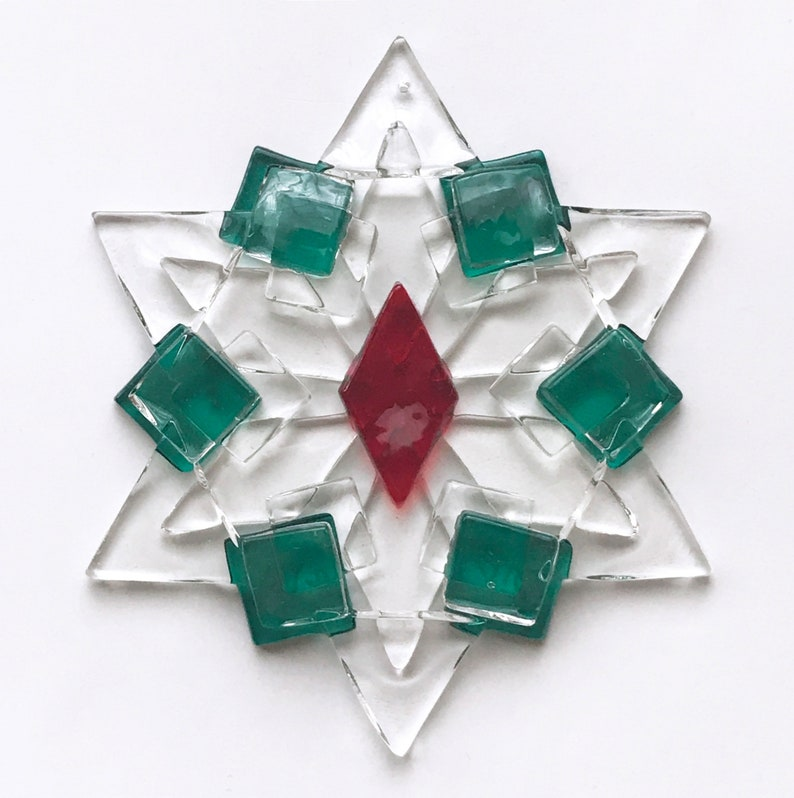 Christmas Star Ornament / Suncatcher: red green & clear  image 1