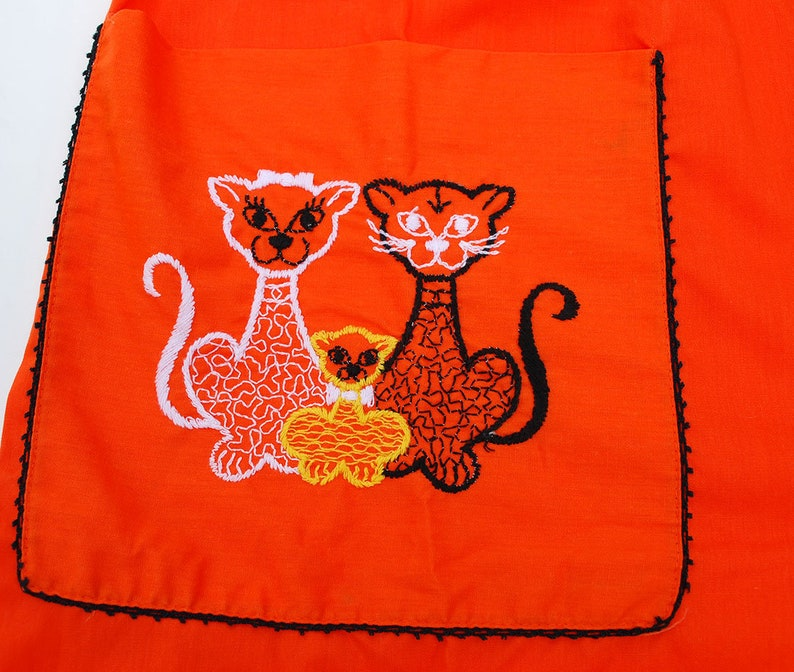 Vintage Bright Orange Smock Dress Tunic Gilead 60s 1960s Cotton Cat Embroidery Collared House Coat Clothing Snap Front Mod Tiger Kitties