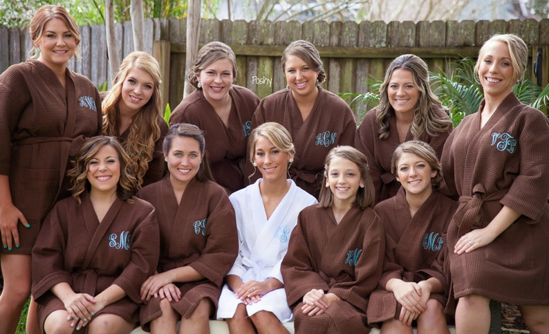Maid of honor Bridemaid gift Gift for her 10 COLORS Bridal party Monogrammed Robe Personalized Robe