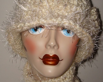 Elegant Hand Crochet Ivory 1920's Cloche Flapper Hat/ Novelty Fur Trimmed/Neck Cuff Set/Neck warmer/Cloche Hat/Fashion/Women's Accessories