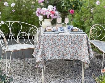 Tablecloth and Napkin Set Organic Cotton Barney tablecloth + Jasper Napkins