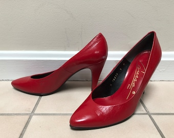 8ad552399a8 Red pumps shoes | Etsy