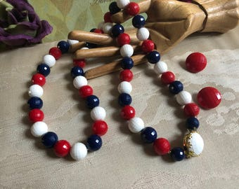 Vintage red white blue bead necklace clip earrings, patriotic colors jewelry, July 4th jewelry, USA colors jewelry, red clip earrings