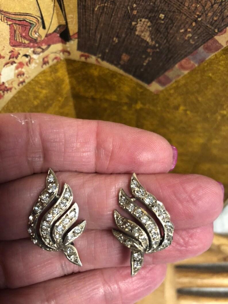 angel wings dress clips Vintage clear rhinestones silvertone swirling shoe clipsdress clips angel wings shoe clips retro shoe clips