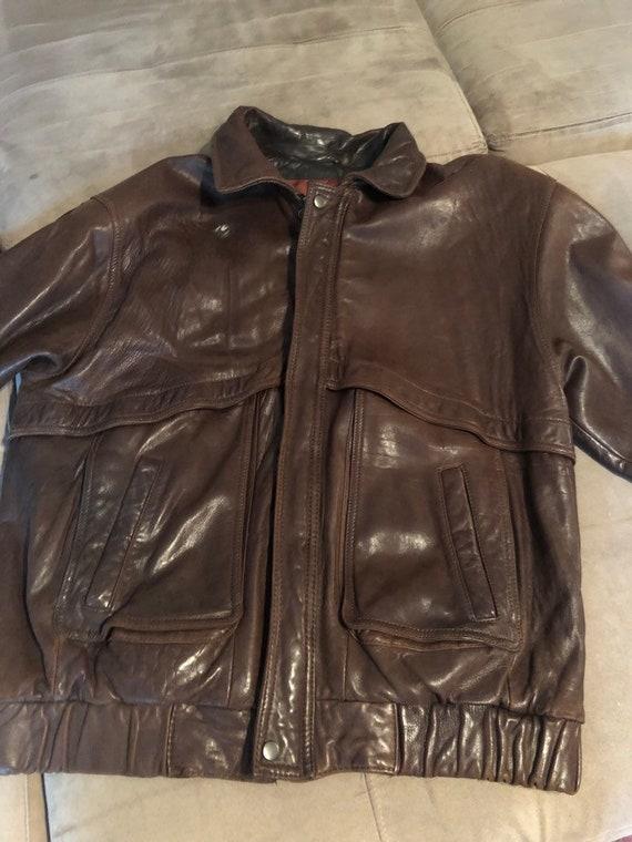 Vintage men's quality brown leather bomber jacket