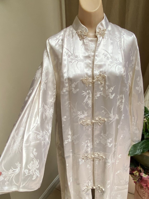Vintage pearly white silky embossed Oriental robe
