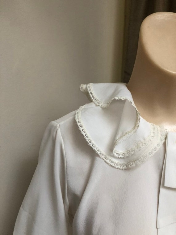 Vintage white double ruffles retro blouse Small, … - image 4