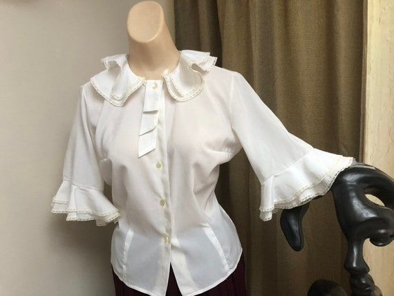 Vintage white double ruffles retro blouse Small, s