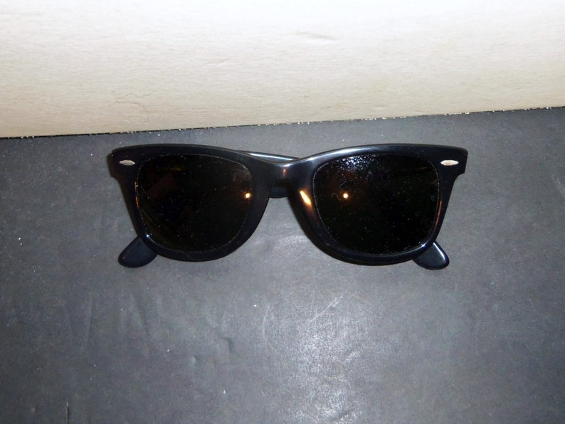 9ab97bba5a Vintage Ray Ban Wayfarer Sunglasses 1970 s Bausch   Lomb