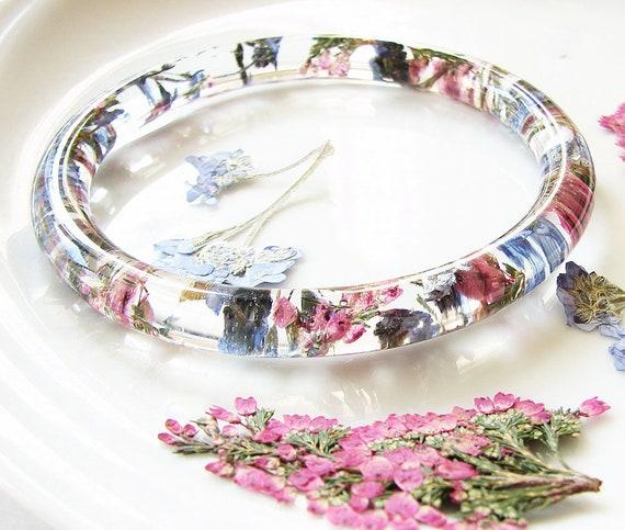 Resin Bracelet White oat /& red flowers-Real Flower Bracelet bangle-Real dried flowers flower motive jewelry-botanical bracelet