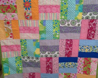 Bright Modern Baby Quilt/ Toddler Quilt/ Girl