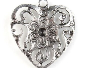 40 Antique Silver Charms Flower Hearts Pack Of 40