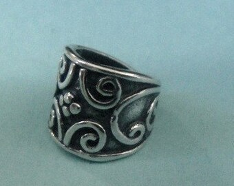 1  Bali Sterling Silver Vine Bail- 10.5x7.4 mm